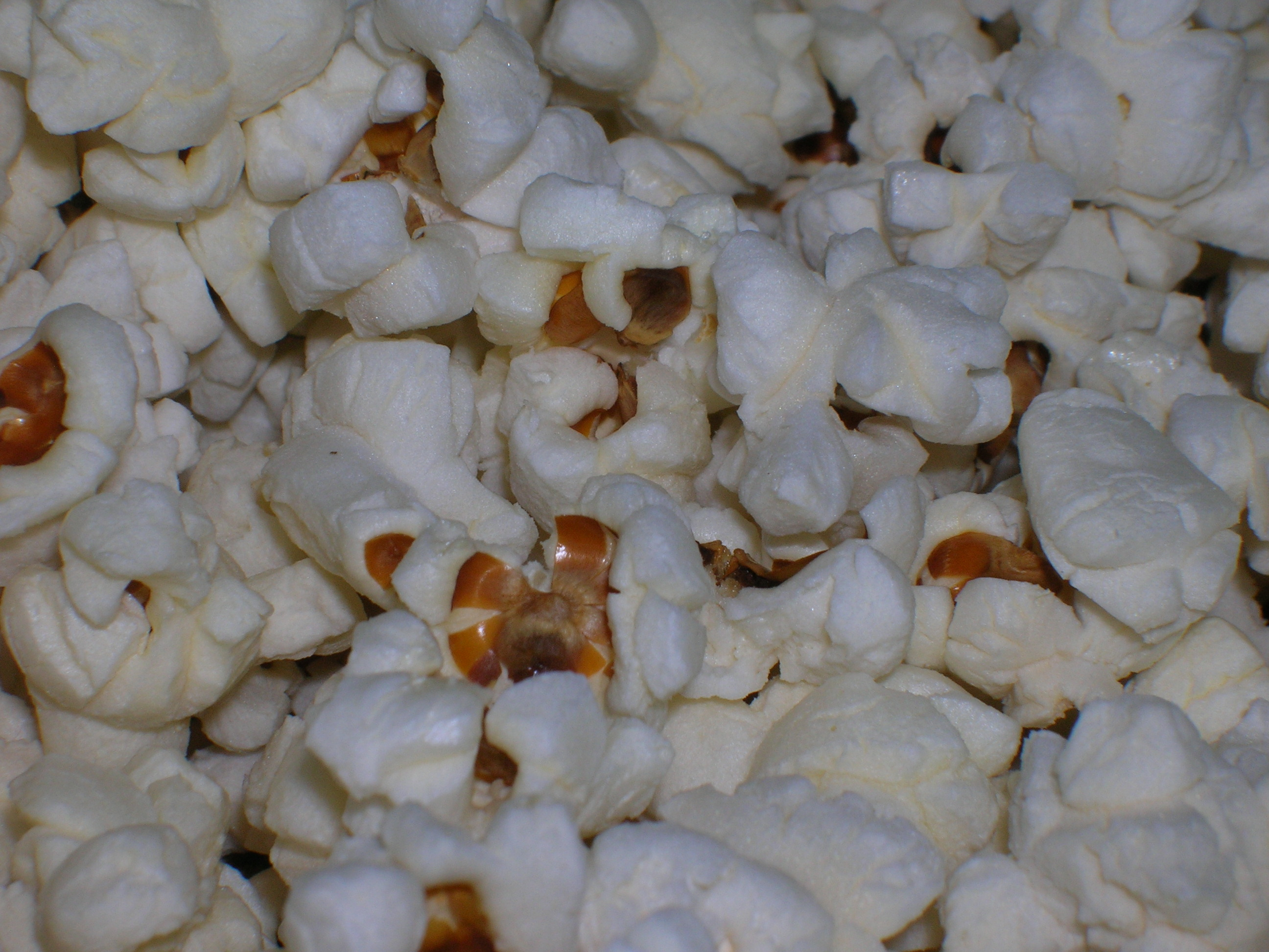fresh popped kernels courtesy of my kitchen